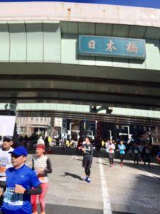 東京マラソン10km地点初めて日本橋見ました!
