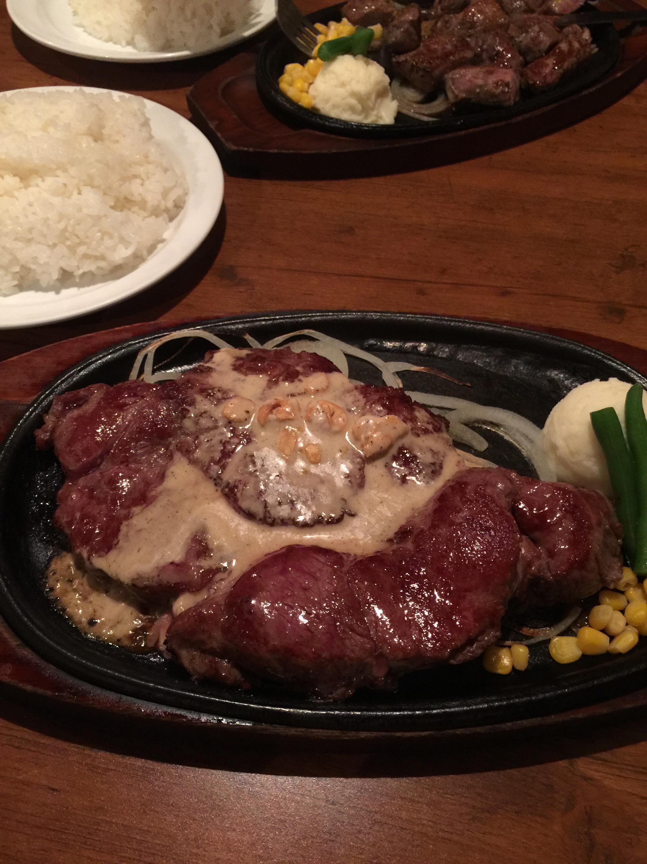 東京五反田ステーキ屋モンスターグリルで450gのステーキを!!