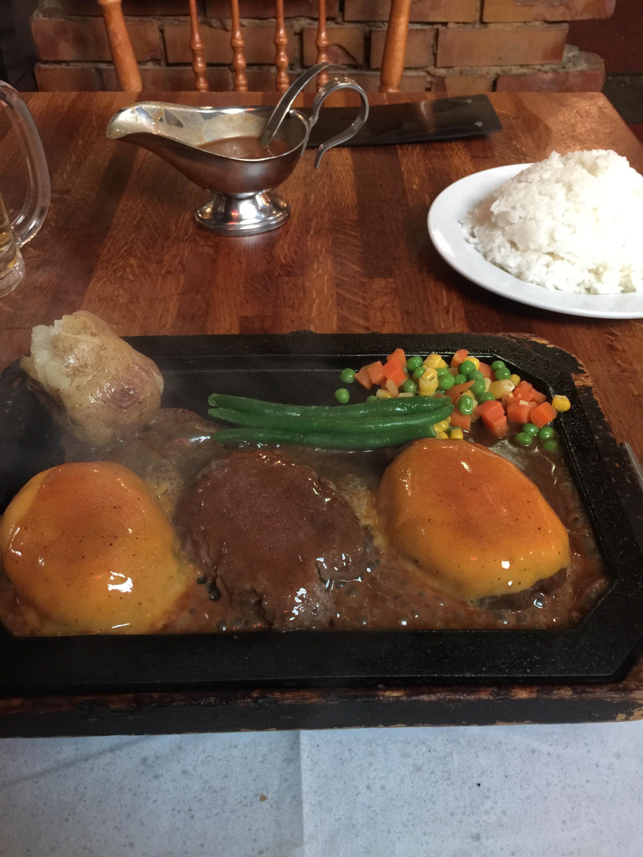 出川哲朗も通う渋谷のハンバーグ屋ゴールドラッシュのトリプルハンバーグ!美味しそう・・・よだれ出ちゃう